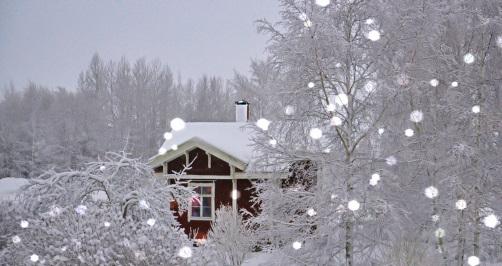 雪が降る別荘地